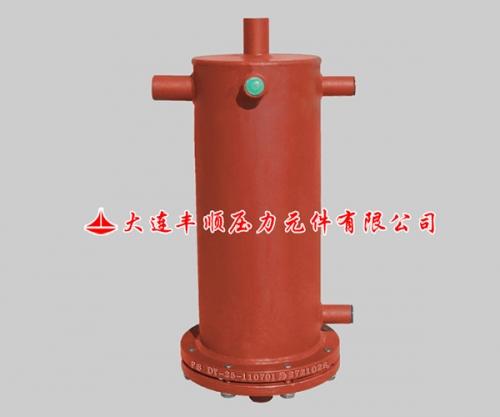 低压集油器